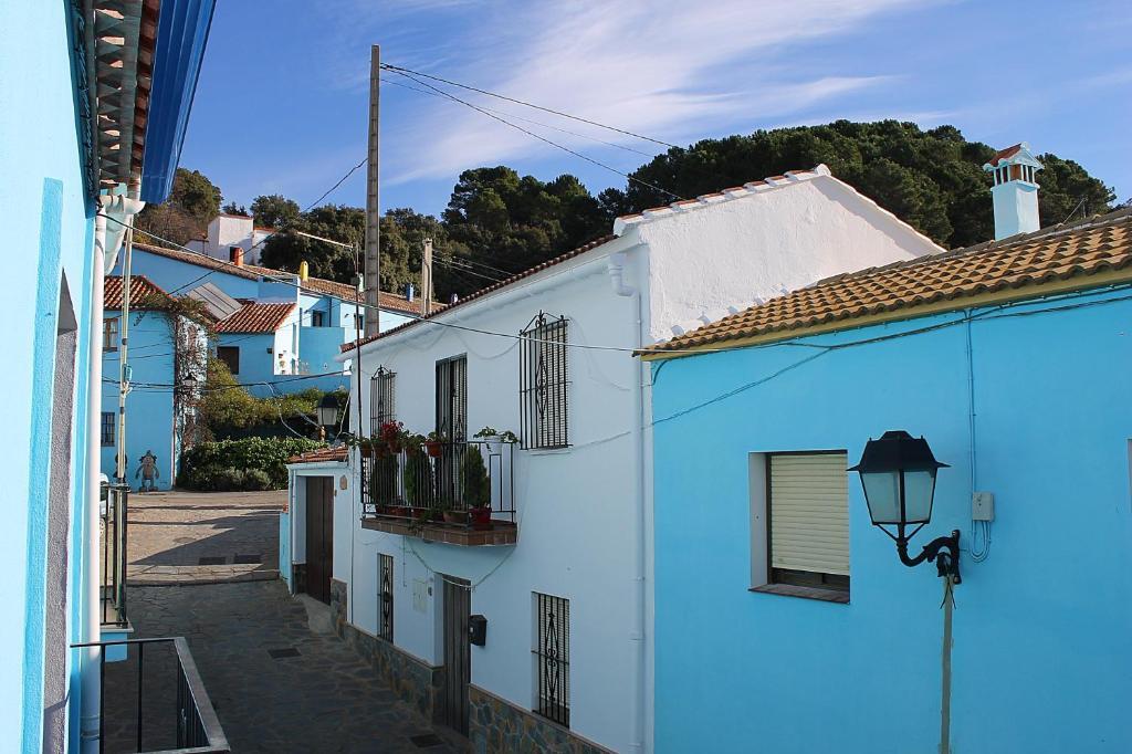 Apartamentos Real Fábrica Hojalata (Espanha Júzcar ...