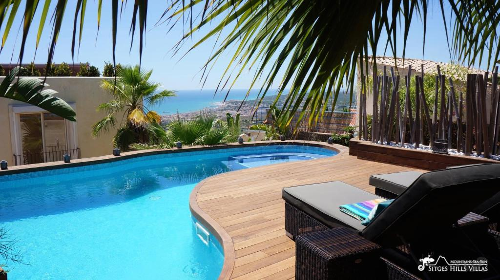 Stunning Villa Ibizenca with private pool in Sitges (España ...
