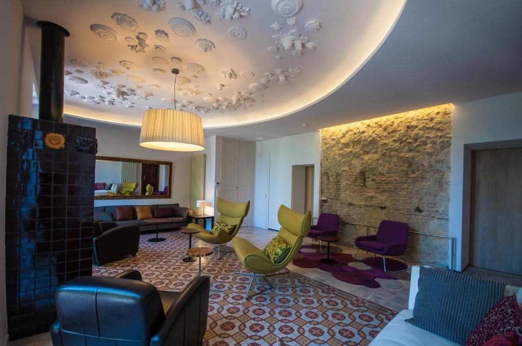 boutique hotels in xàtiva  26