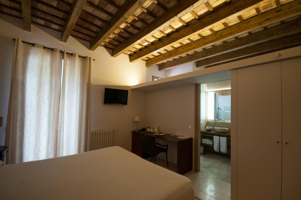 boutique hotels in xàtiva  39