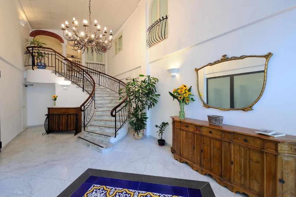 Vasca Da Bagno Amalfi Prezzo : Aurora apartments amalfi u2013 prezzi aggiornati per il 2019