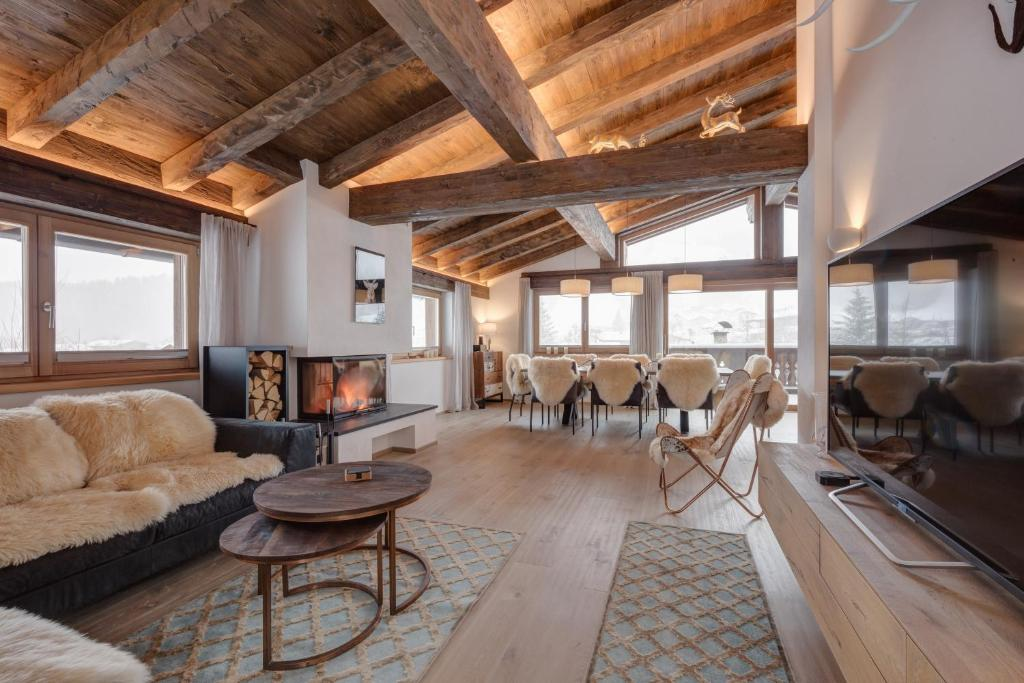Exceptionnel Ein Sitzbereich In Der Unterkunft Villa Mountain View   Bei Kitzbühel,  Sauna, Kamin,
