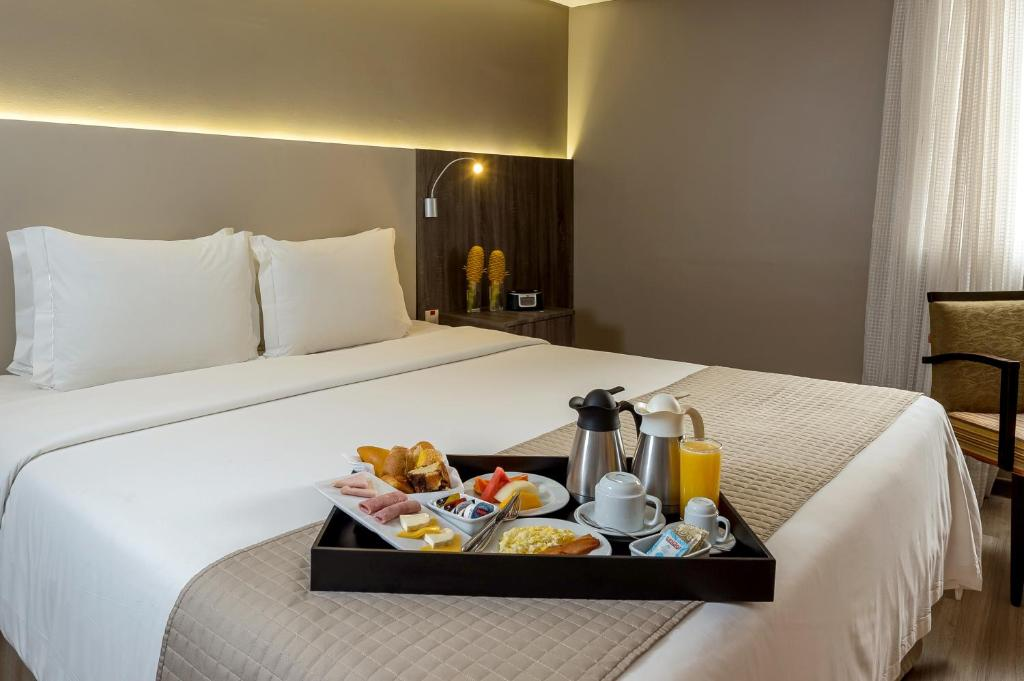 Breakfast options available to guests at Grand Mercure Belém