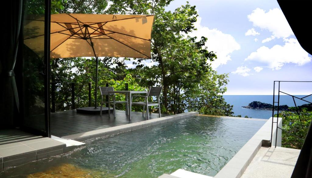 The swimming pool at or near Pahili Pool Villas Koh Tao