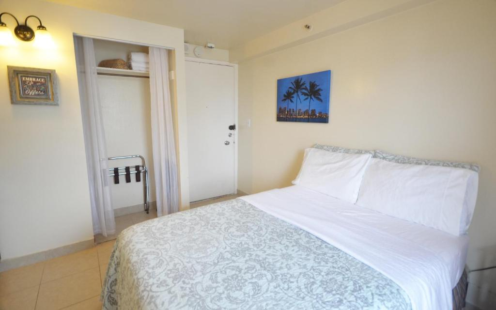 Kuhio Village Apartment #1101 Apts, Honolulu, HI - Booking com