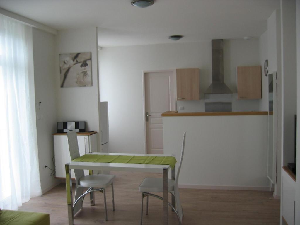 Résidence Le Beau Site, Capvern, France - Booking.com on