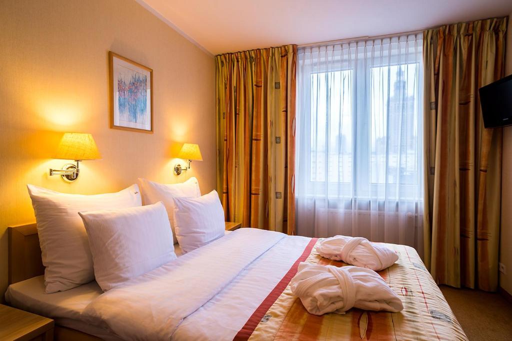Apartmenty Hotelowe Zgoda Warsaw Poland Booking Com