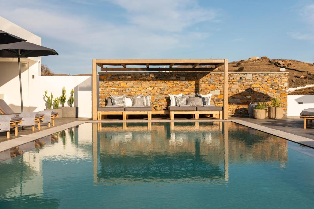 The swimming pool at or near Chora Kythnos Suites