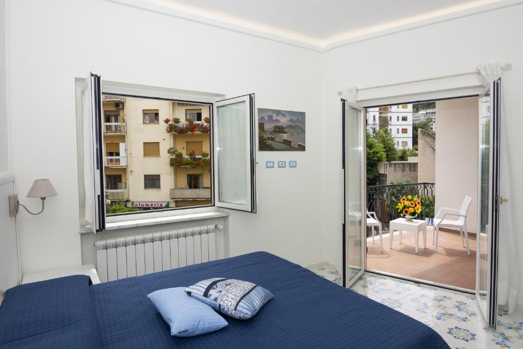 Apartment Ambra Sorrento Suites Short Rent Italy Booking Com