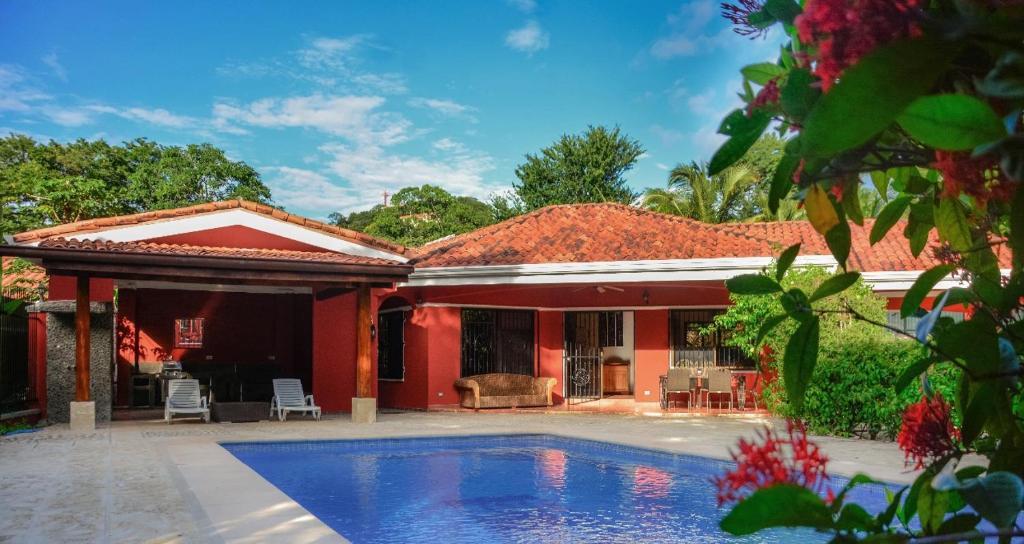 Villa Casa Cuarto de Luna, Playa Hermosa, Costa Rica - Booking.com