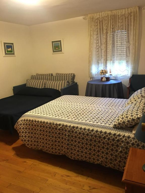 Apartments In Folgoso De La Carballeda Castile And Leon