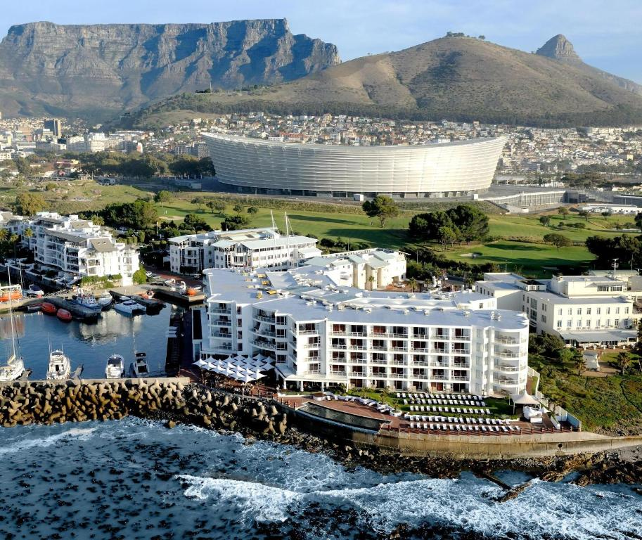 Hotels Close To Cape Town Airport
