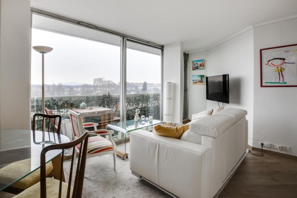 A seating area at Appartement au dernier étage avec terrasse et vue exceptionnelle