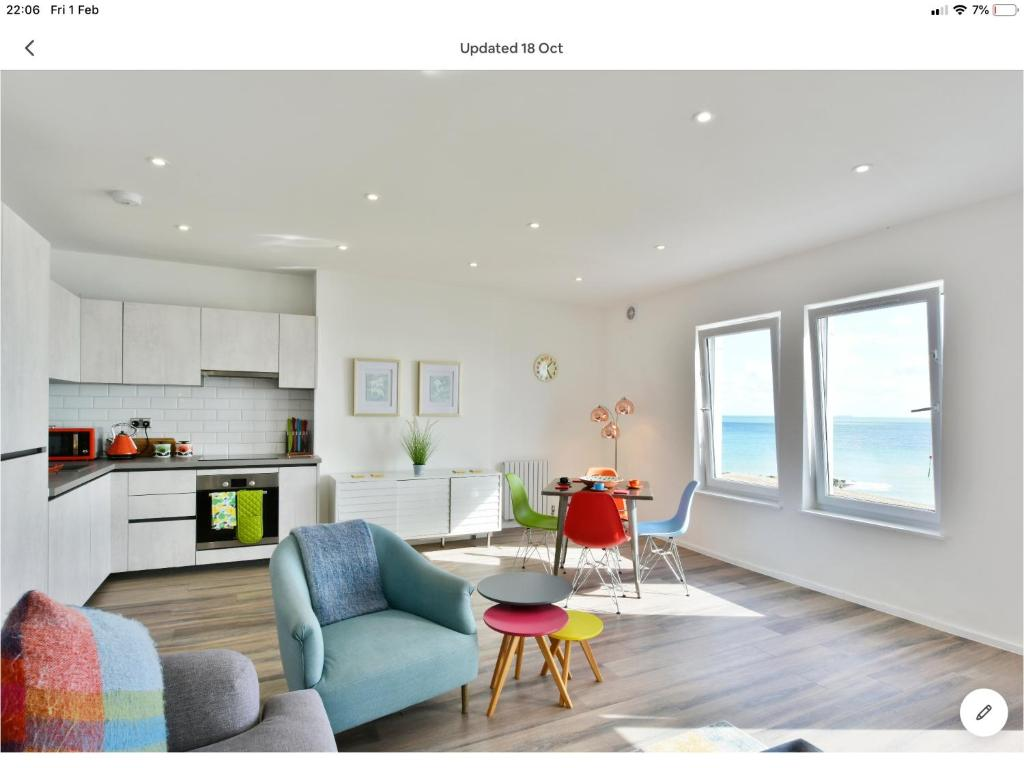 10 Marine Parade, Hythe – Updated 2019 Prices
