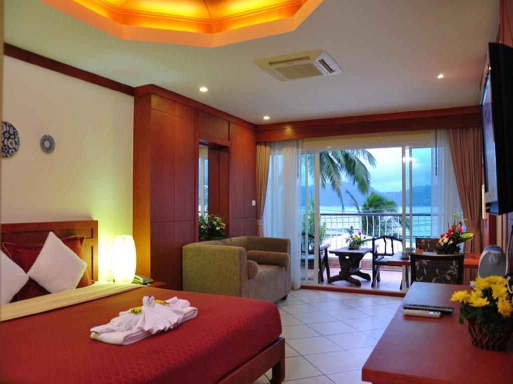 The Top 100 Els Baan Boa Resort
