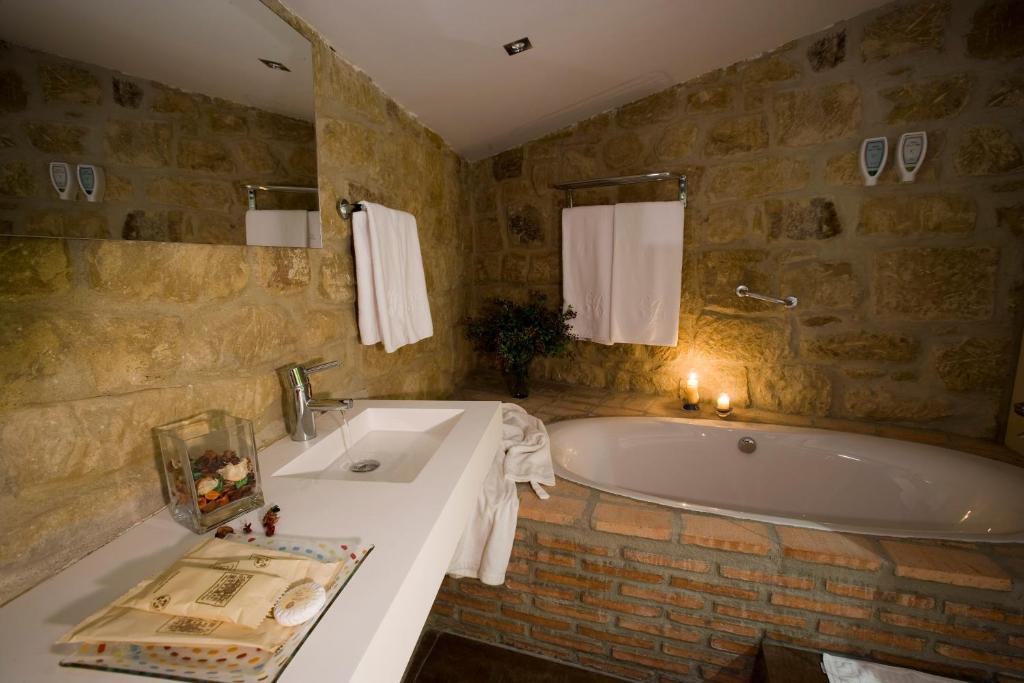 boutique hotels in briñas  5
