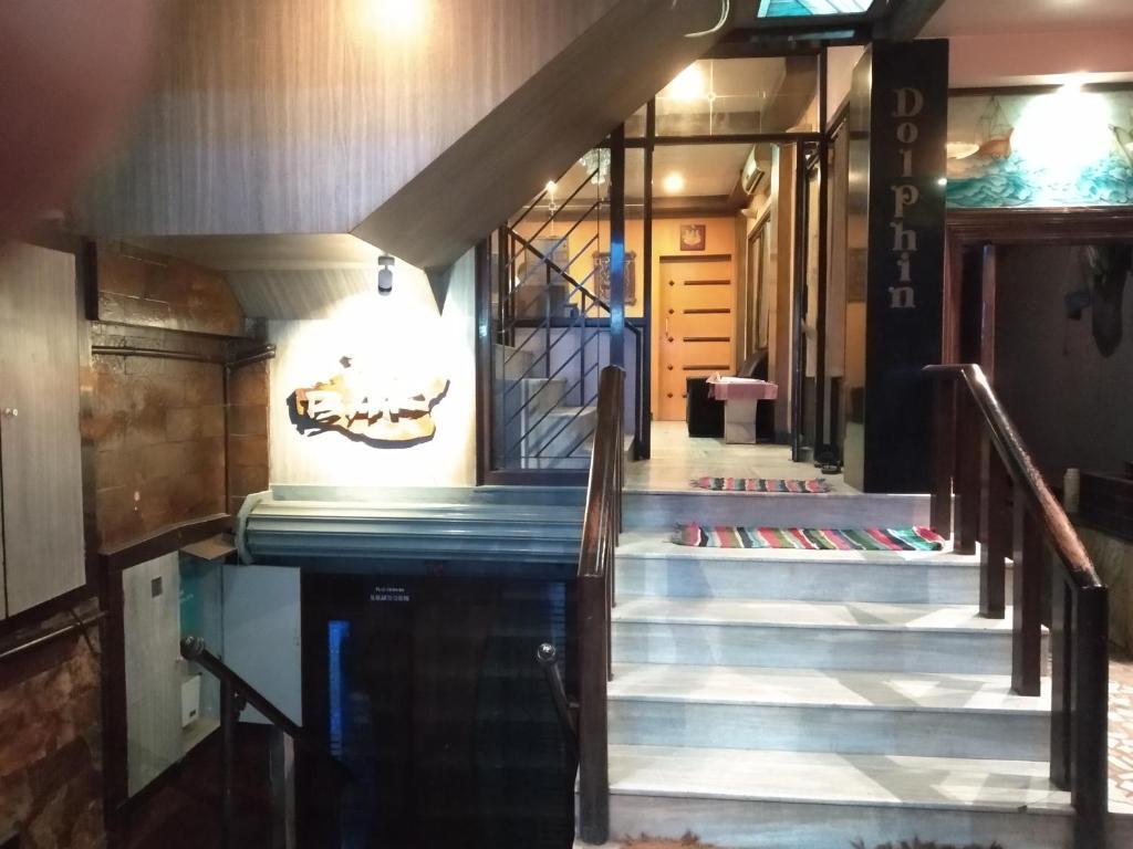 Dolphin Hotel, Dindigul, India - Booking com
