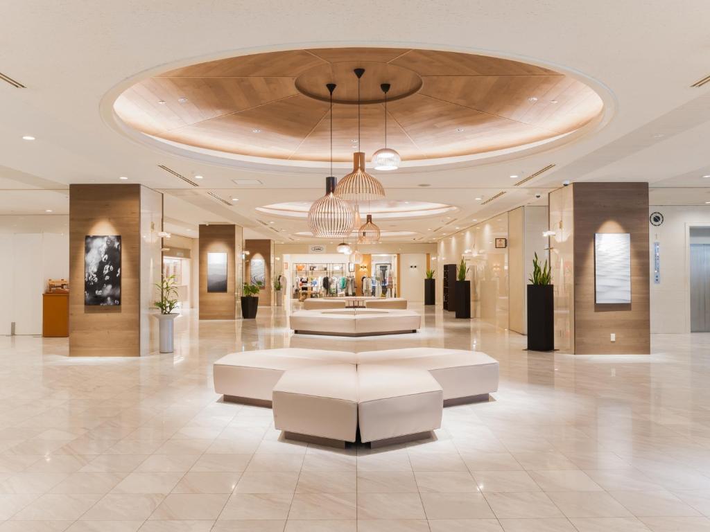 The lobby or reception area at Art Hotel Asahikawa