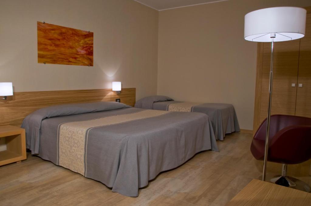 Buffet Italiano Cagliari : Hotel italia cagliari italy booking.com