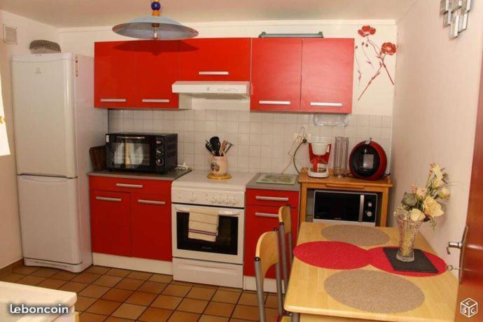 Apartments In Saint-ilpize Auvergne