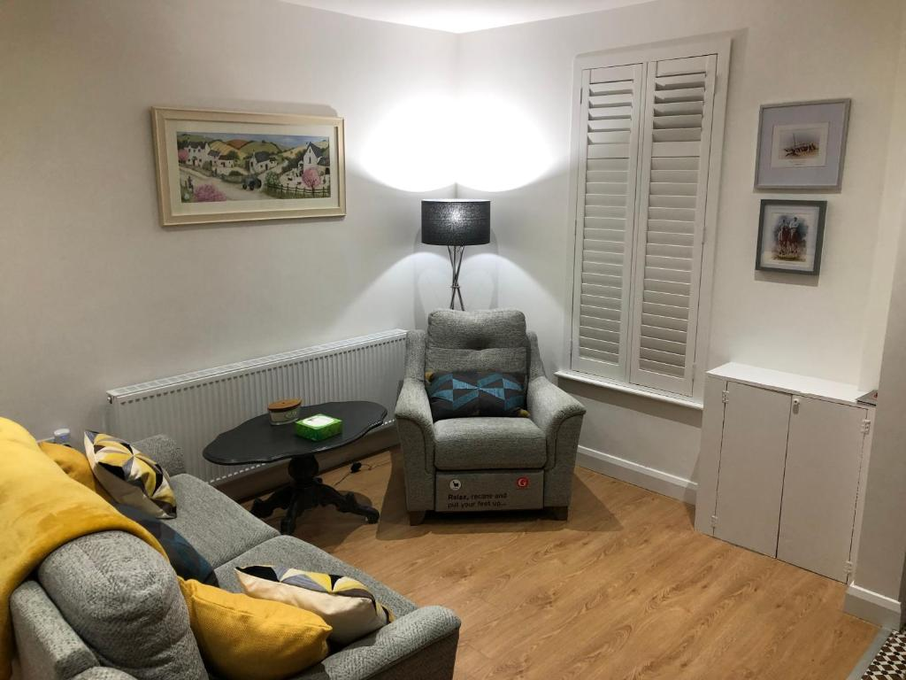 A seating area at 108 Donnybrook Street