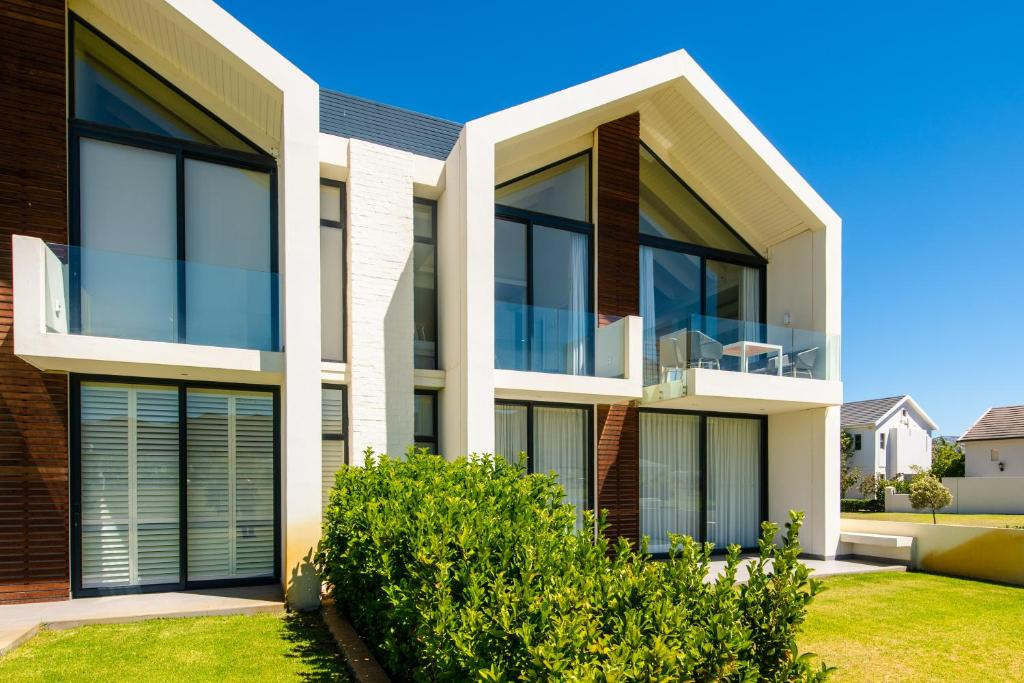3b5be138 Polo Village 28, Paarl – Updated 2019 Prices