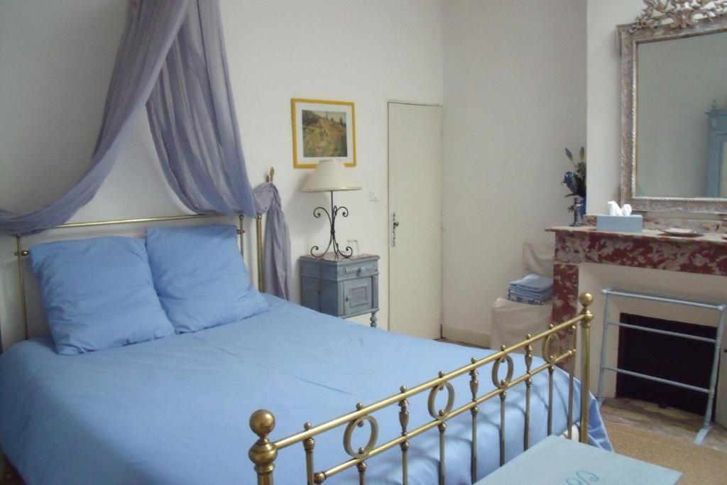 B&B / Chambres d\'hôtes Maison Hotes Bleu Pastel (France Gaillac ...
