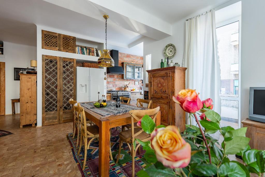 Küche/Küchenzeile in der Unterkunft Plac Narutowicza - P&O Serviced Apartments