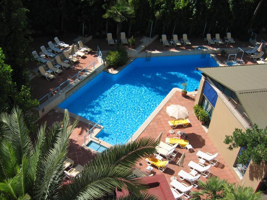 A view of the pool at Aldrovandi Residence City Suites or nearby