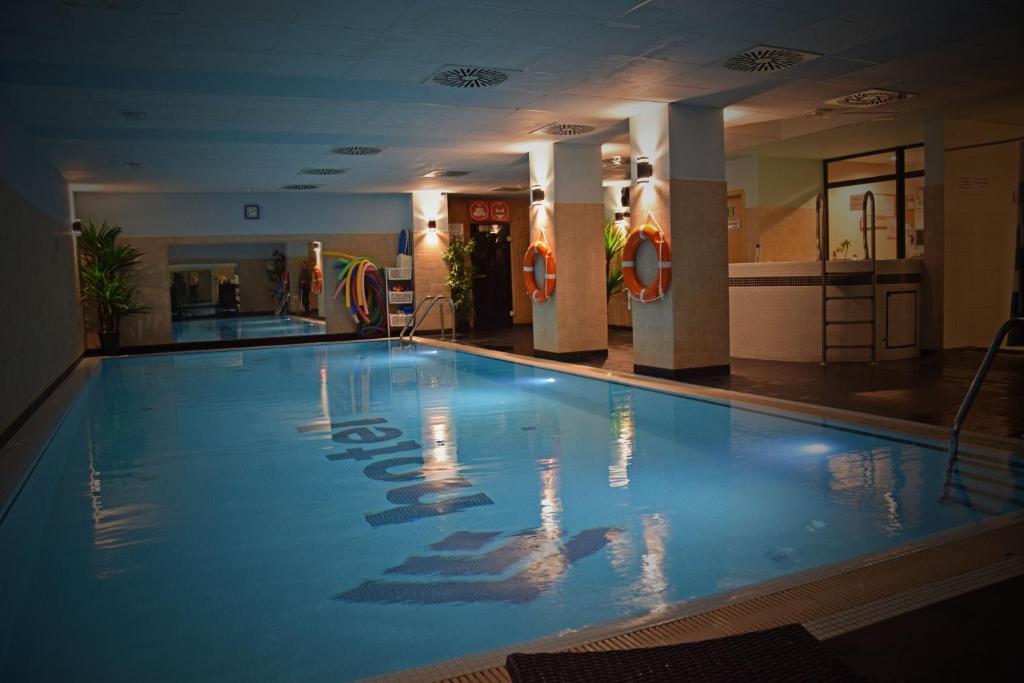 Basen w obiekcie Quality Silesian Hotel lub w pobliżu