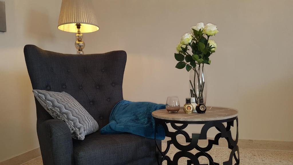 Casa vacanze TWO - FIFTY FIVE (Malta Attard) - Booking.com