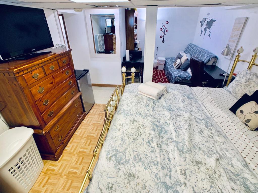 Apartment Hillside Studio, NJ - Booking com