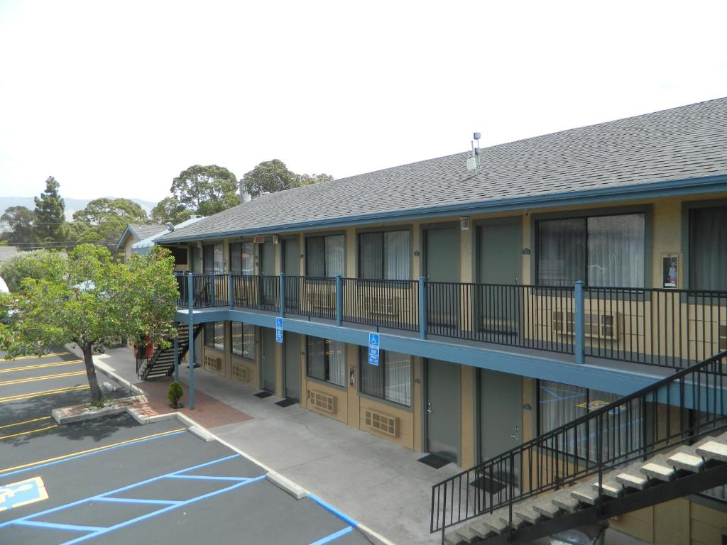 Value Inn San Luis Obispo, CA - Booking.com