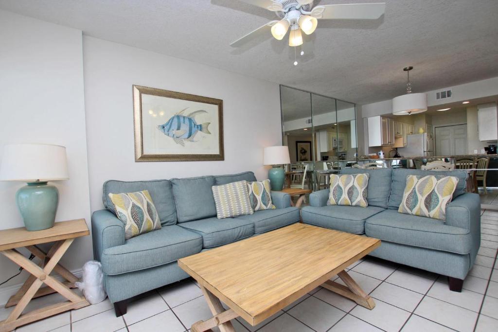 Boardwalk 582 Apartment
