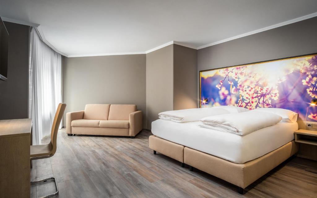 Awa Hotel Deutschland Munchen Booking Com