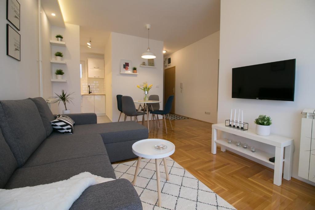 Art apartment Saint Sava 2 ! P...