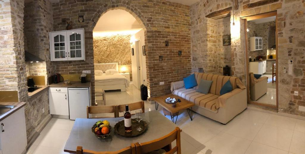 Area soggiorno di NJ Corfu Kalypso Apartment