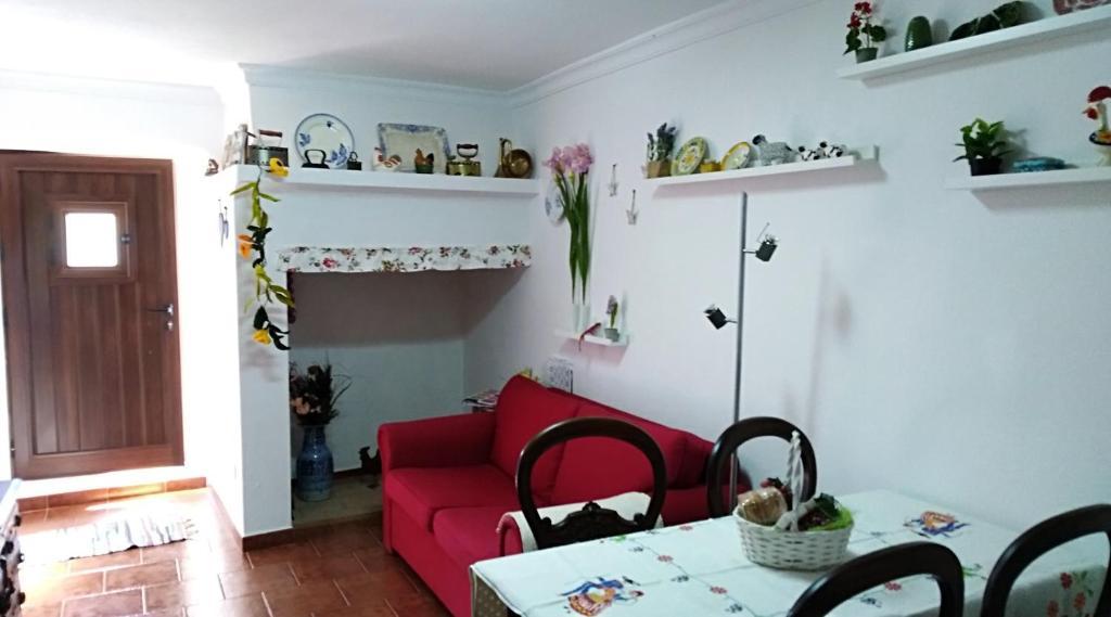 Vacation Home Casa BENVINDHA, Degolados, Portugal - Booking.com
