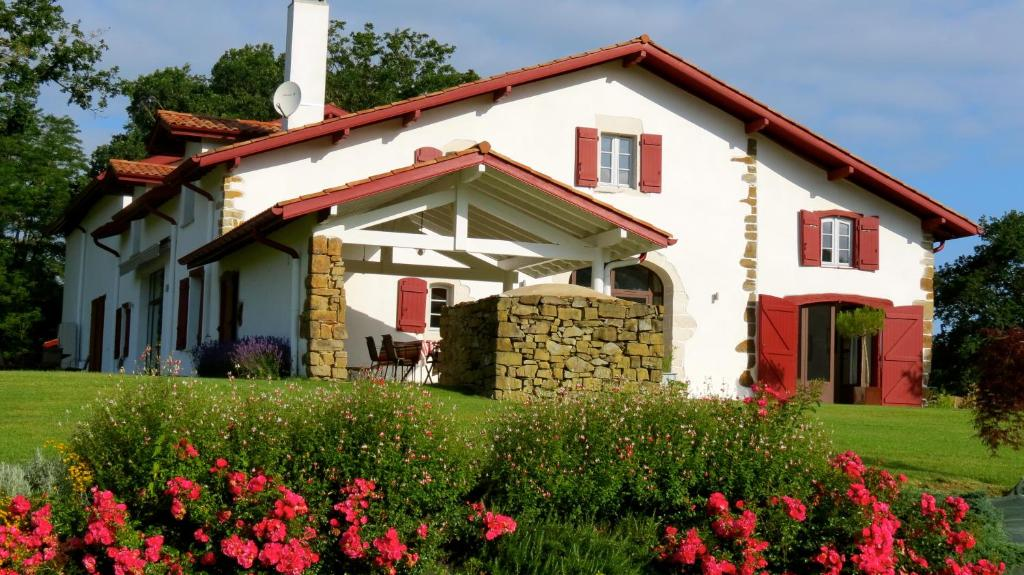 Bed And Breakfast Maison Etchebehere Bardos France Booking Com