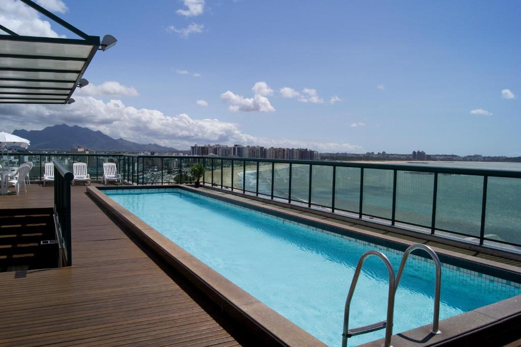 The swimming pool at or near Bourbon Vitória Hotel (Residence)