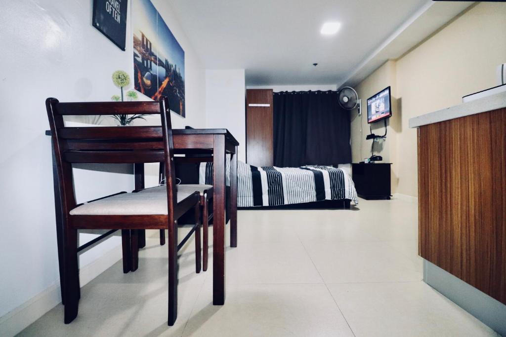 ADB Avenue Tower Apartment, Manila, Philippines - Booking com