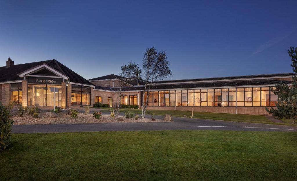 Doubletree By Hilton Glasgow Westerwood Spa Golf Resort