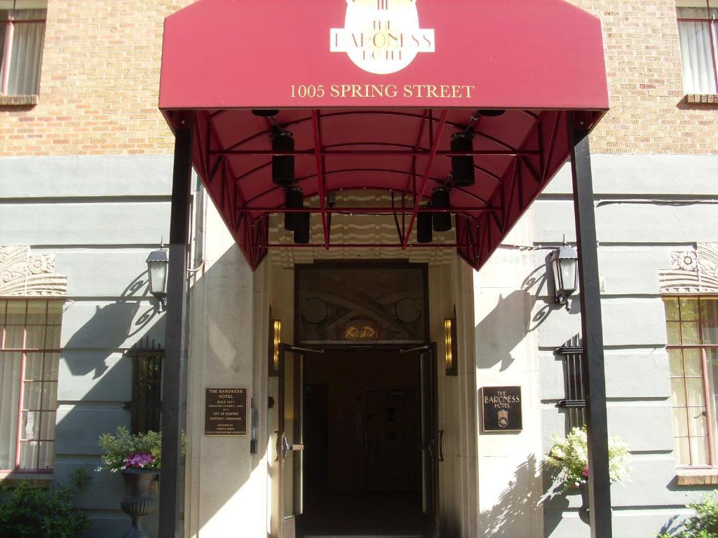 The baroness hotel seattle wa booking.com
