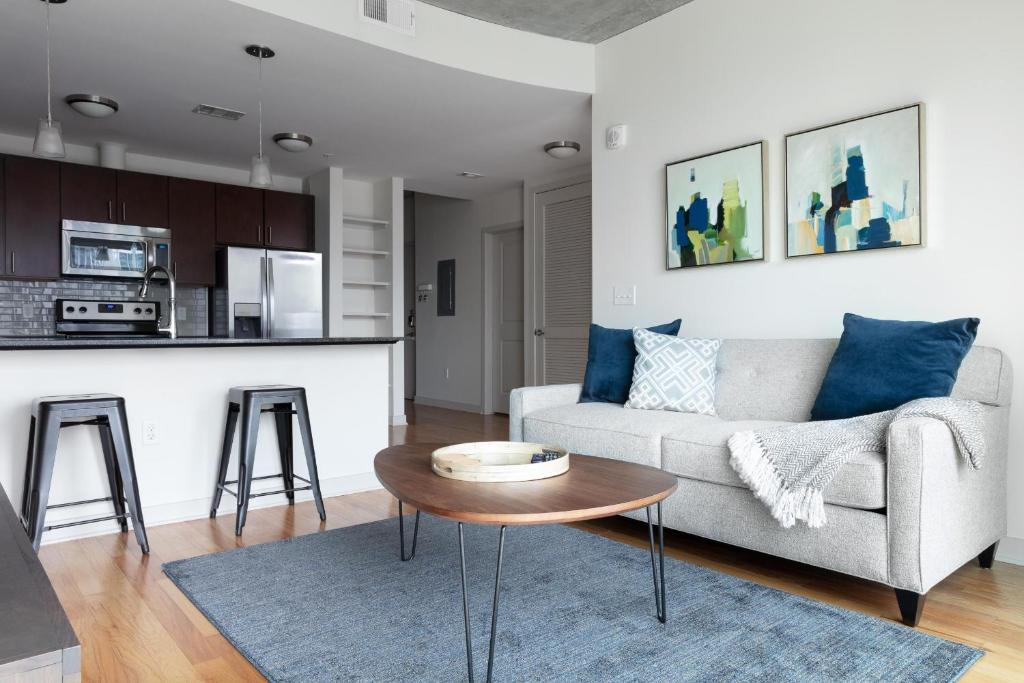 Apartment downtown housky two bedroom 1615 houston tx - Two bedroom suites in houston tx ...