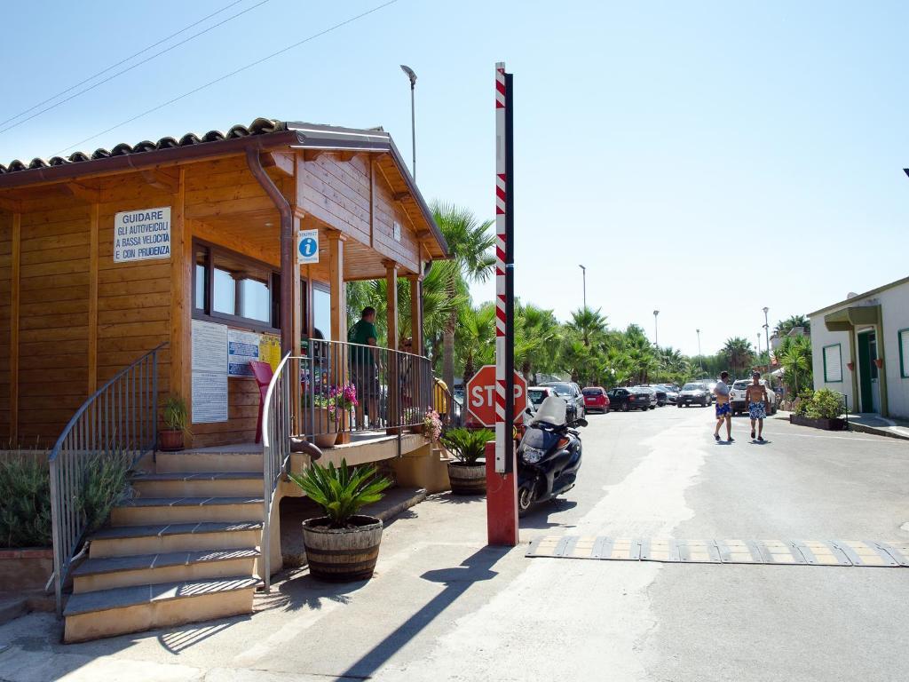 Kamemi Village & Camping
