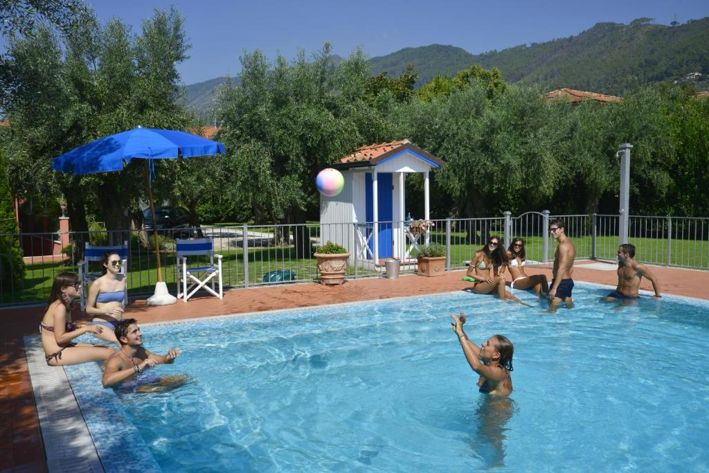 The swimming pool at or near In Versilia