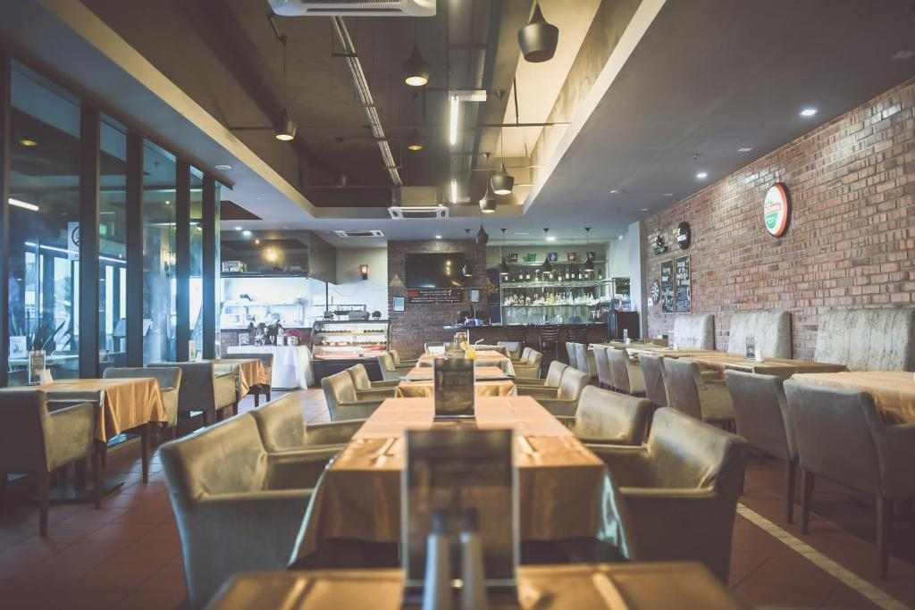 Restoran atau tempat lain untuk makan di Hotel Sfera