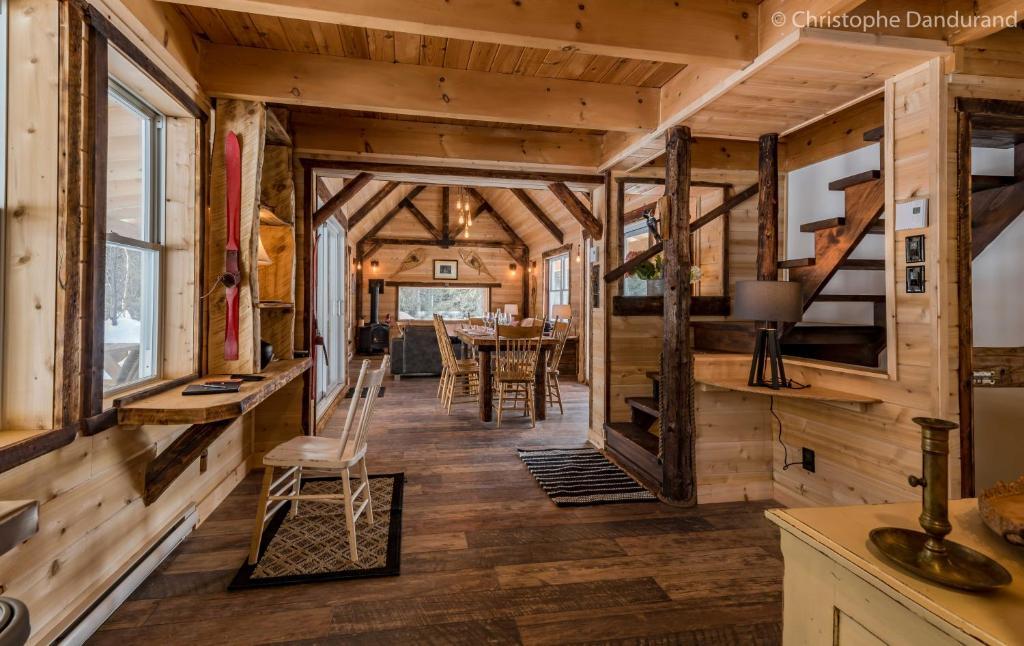 45c6f21acba14e Restaurant ou autre lieu de restauration dans l'établissement Le Ross - Les  Chalets Spa