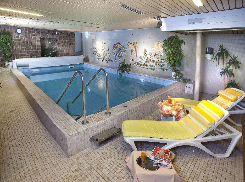 Hotel Pohl (Deutschland Kinheim) - Booking.com