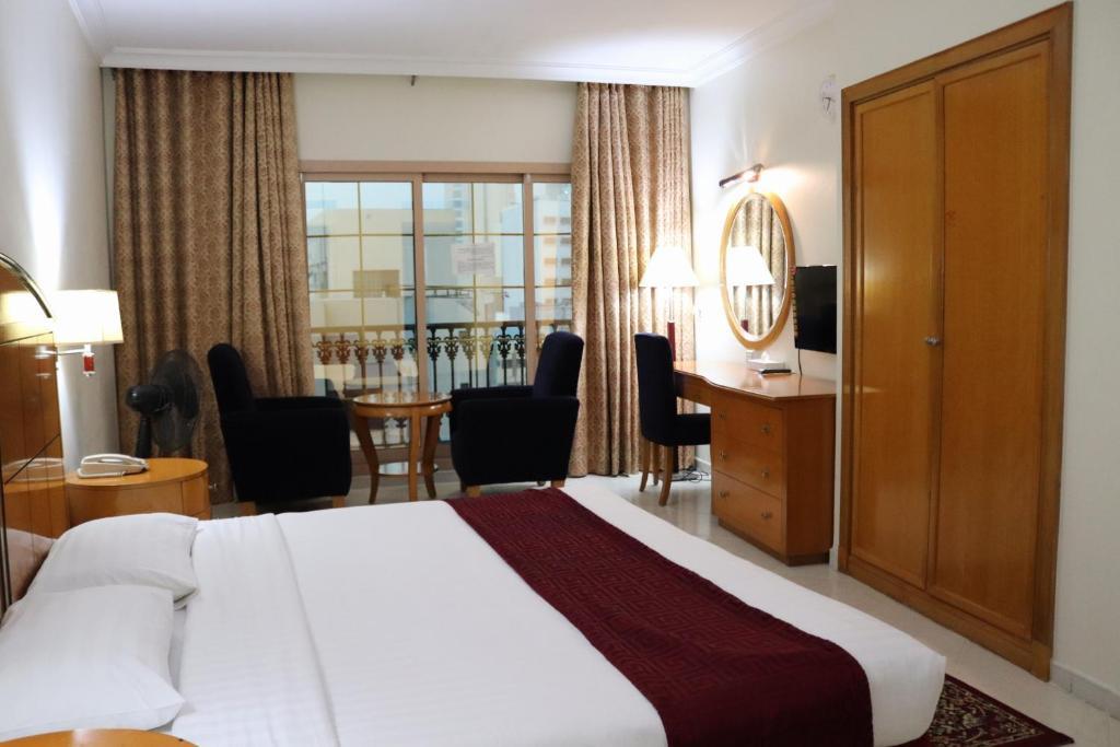 Dolphin Hotel Apartments Dubai Uae Booking Com